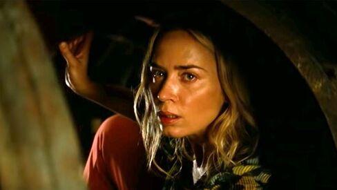 《噤界 II》 (A Quiet Place 2) 艾蜜莉布朗飾演的艾芙琳 ,將隻身帶著三個孩子經歷新旅程。