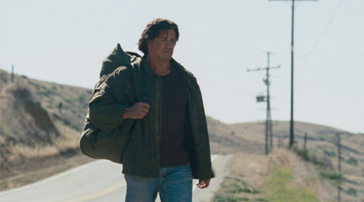影壇「 硬漢 」 約翰藍波 ,在《 第一滴血 4 》回到自己的牧場。