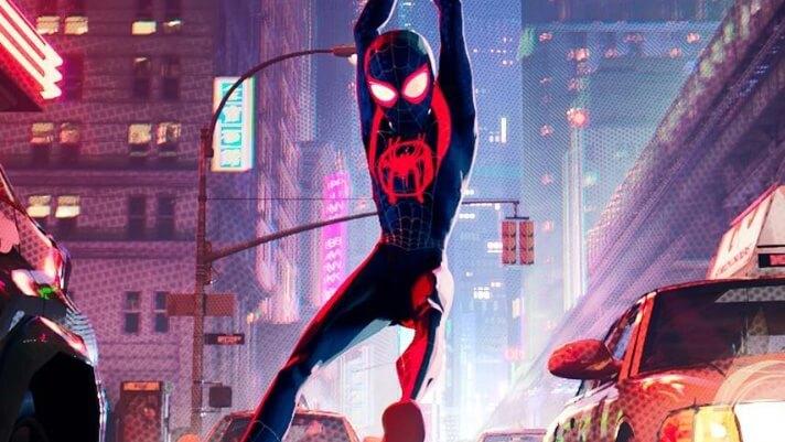 馬丁史柯西斯認為在電影院觀看超級英雄電影的觀影體驗與傳統電影非常不同;但動畫超級英雄電影《蜘蛛人:新宇宙》也確實有十分經驗的表現。
