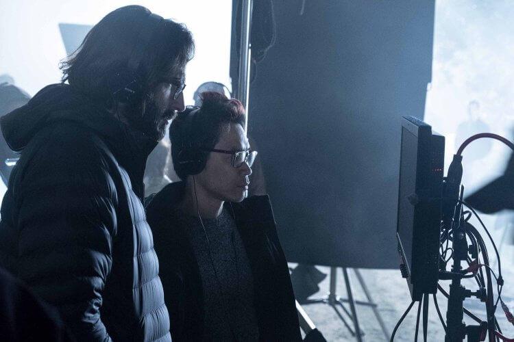 《安娜貝爾回家囉》片場側拍,開創「厲陰宅宇宙」電影系列的溫子仁親臨現場監製。