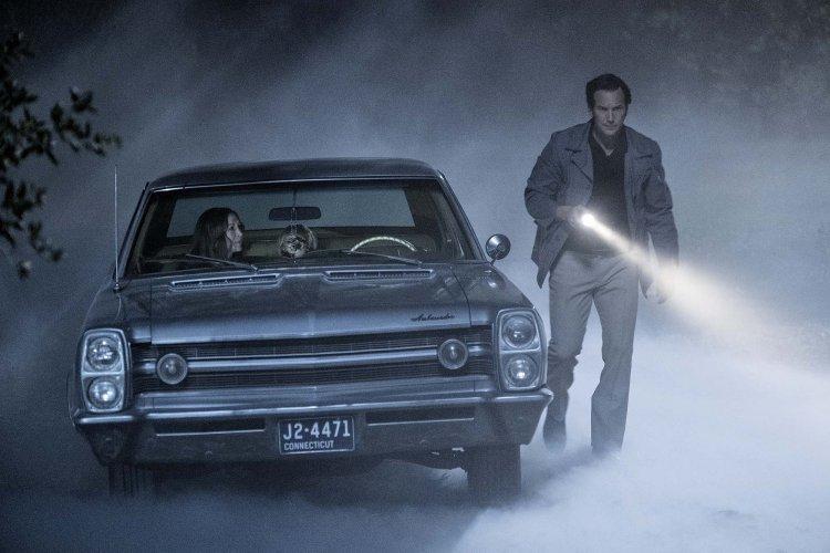 溫子仁監製的厲陰宅宇宙系列電影《安娜貝爾回家囉》中,最強驅魔夫妻由薇拉法蜜嘉與派翠克威爾森再度合作共演。