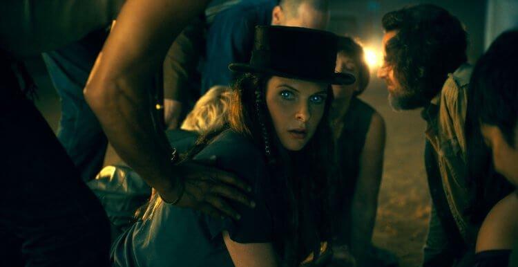 《安眠醫生》 真結族 VS 閃靈族:重返鬼店前,先認識反派首領「高帽蘿絲」與閃靈超能力少女「艾柏拉」首圖