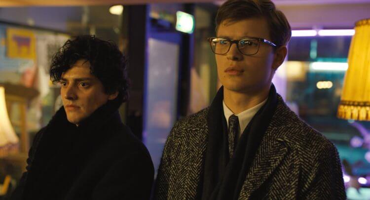 安索艾格特在電影《金翅雀》(The Goldfinch) 中飾演懷罪的古董交易商席歐。