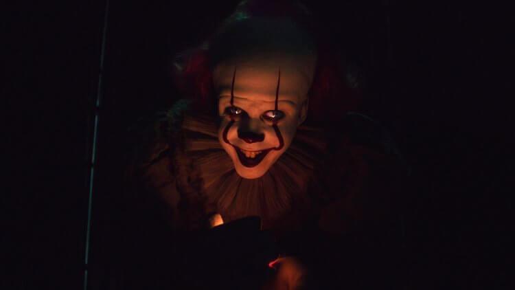比爾史柯斯嘉談《牠:第二章》: 潘尼懷斯這次更憤怒、更瘋狂&期間限定小丑破膽樂園 in 台北掛滿紅氣球等你首圖