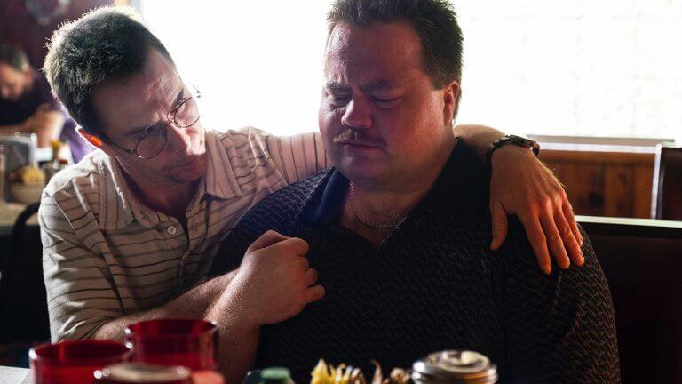 亞特蘭大爆炸案真實改編,克林伊斯威特電影《李察朱威爾事件》被輿論迫害的平民英雄,你我都有可能是幫凶