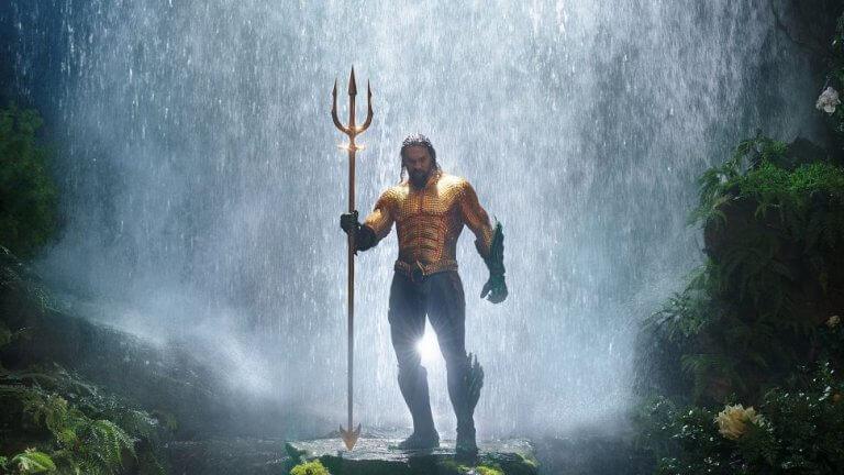 由傑森摩莫亞 (Jason Momoa) 所飾演的 DC 超級英雄:水行俠 (Aquaman)。