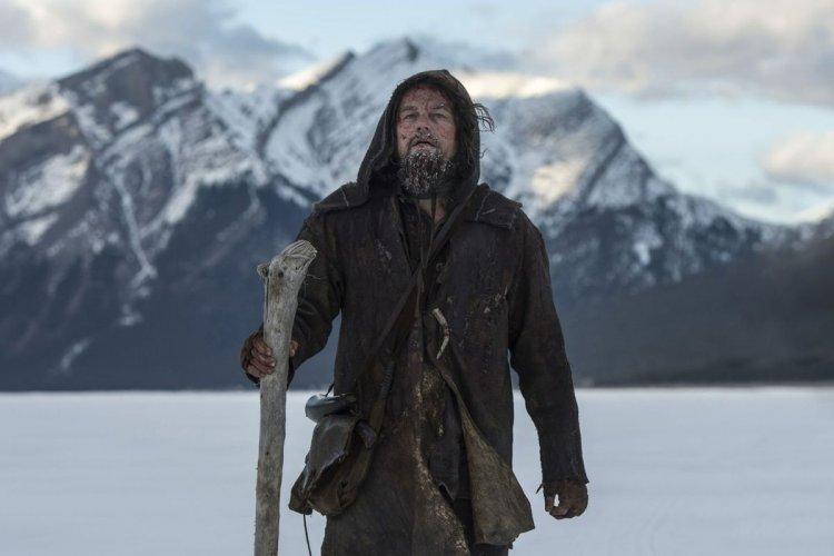 李奧納多狄卡皮歐多次在奧斯卡獎項上陪榜,終於藉由《神鬼獵人》的演出奪得奧斯卡金獎影帝。