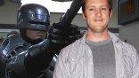 不拍了,那欸安ㄋㄟ?正宗續集《機器戰警歸來》(Robocop Returns) 導演尼爾布洛姆坎普宣布退出製作團隊