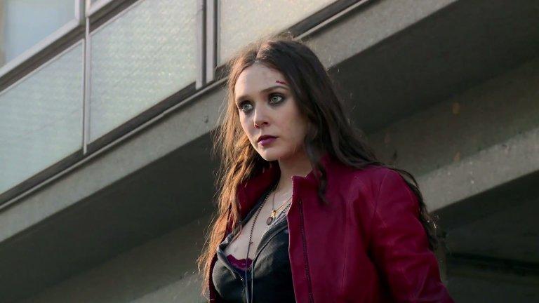 緋紅女巫在《復仇者聯盟2:奧創紀元》中讓東尼史塔克看到夥伴們逐一逝去的幻影。
