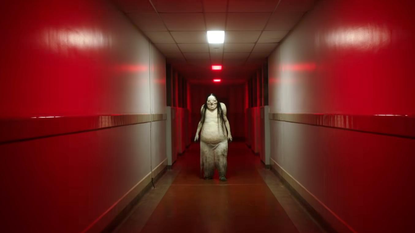全球最恐怖禁書排行榜冠軍《在黑暗中說的鬼故事》首支預告鬼怪數不完   監製吉勒摩戴托羅:「挑鬼像辦選秀節目」首圖