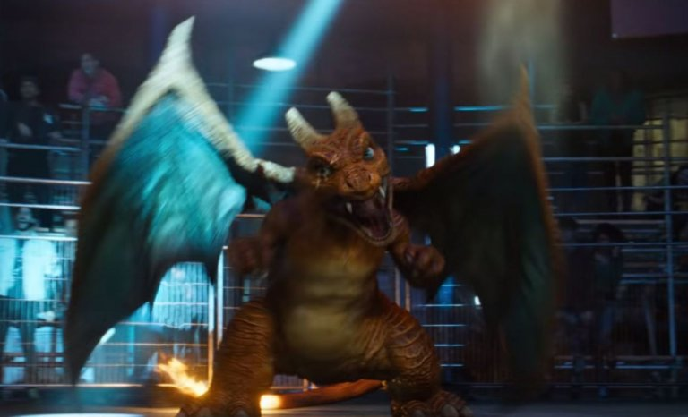 好萊塢真人電影《名偵探皮卡丘》預告中現身的噴火龍。