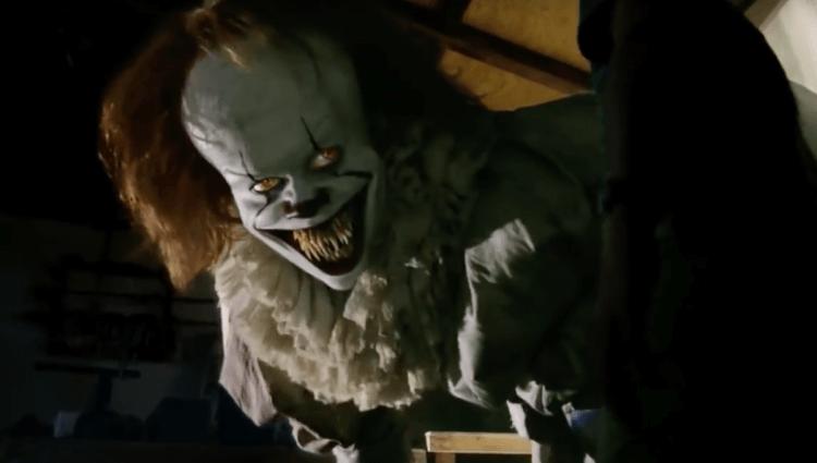 潛伏在《牠》系列的怪物小丑潘尼懷斯。