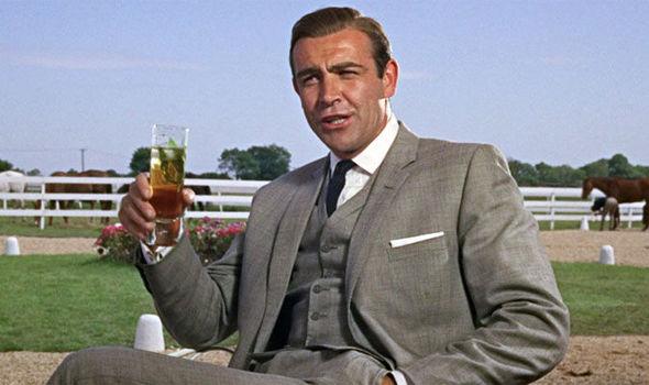 大銀幕上的第一位《007》情報員,由史恩康納萊 (Sean Connery) 所飾演的詹姆士龐德。