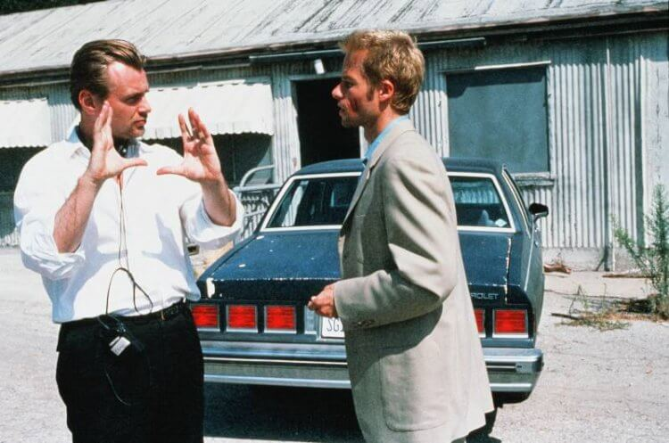 《記憶拼圖》片場:克里斯多福諾蘭指導蓋皮爾斯。