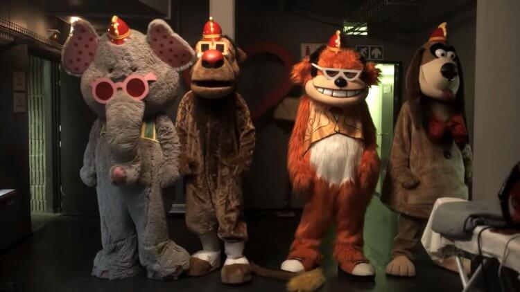 2019 年,《香蕉船樂團》以 R 級恐怖片的形式重現天日。