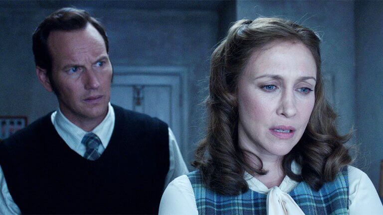 《厲陰宅》系列的劇情主要聚焦在多起由華倫夫婦 (Ed and Lorraine Warren) 所調查過的真實超自然事件上