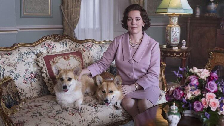 女王再臨!《王冠》(The Crown)第三季前導短片釋出,金獎影后奧莉薇雅柯爾曼優雅詮釋英國女王首圖