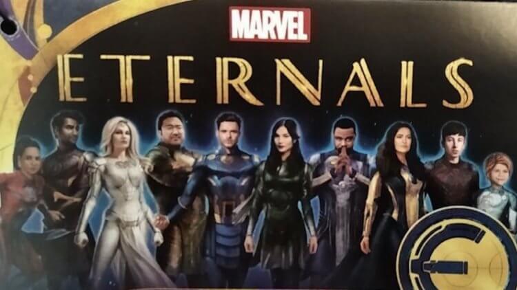 《永恆族》10 角色造型再次曝光!安潔莉娜裘莉一襲白戰袍「超仙」,基特哈靈頓「黑騎士」仍神隱首圖