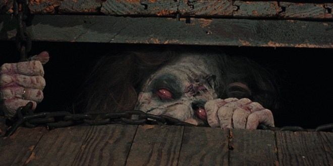 山姆雷米執導《鬼玩人》三部曲。