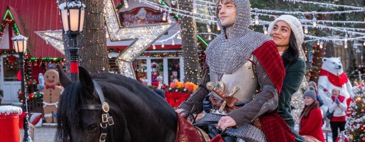 凡妮莎哈金斯與喬許懷特豪斯合演的 Netflix 聖誕電影《穿越時空的騎士》帶你感受暖心真愛。
