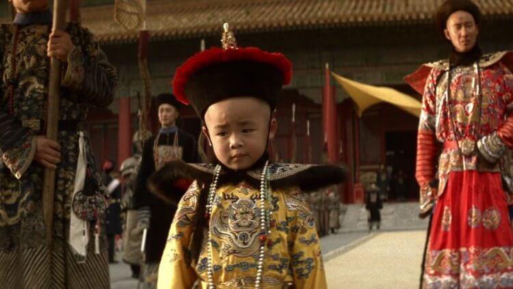 史詩電影《末代皇帝》講述末代皇帝溥儀傳奇的一生。