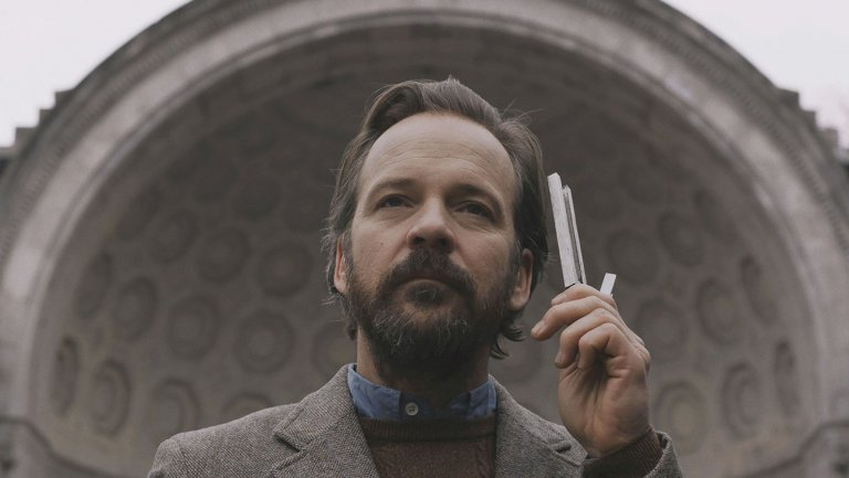 Netflix新片《寂靜殺機》 (The Silence) 劇照,主角一家人除了要躲避致命生物的攻擊,更有邪教虎視眈眈......