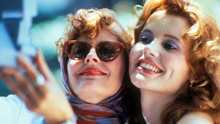 《末路狂花》兩位女性逃亡天涯的故事是女性主義的經典電影。