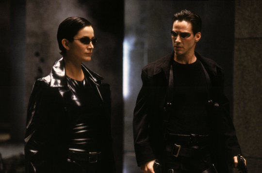 「尼歐」基努李維 (Keanu Reeves) 與「崔妮蒂」凱莉安摩絲 (Carrie-Anne Moss) 都將回歸《駭客任務4》
