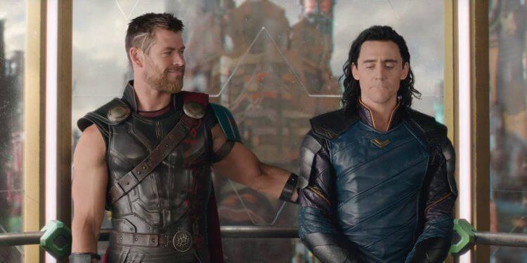 湯姆希德斯頓 (Tom Hiddleston) 分享拍攝《復仇者聯盟》(Avengers) 時的幕後趣聞。