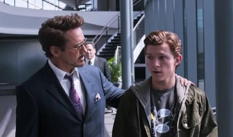 東尼史塔克 (Tony Stark) 與小蜘蛛彼得帕克。