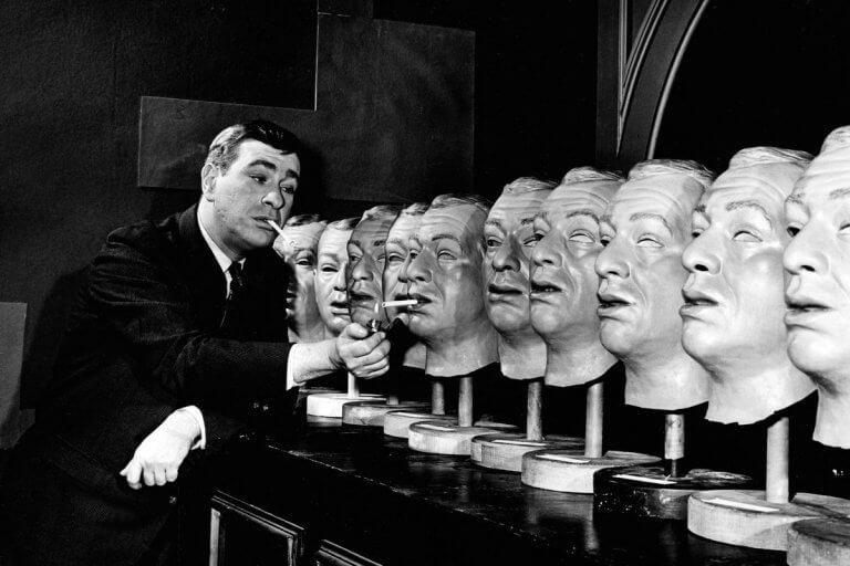 1959 年驚悚影集《陰陽魔界》劇照。