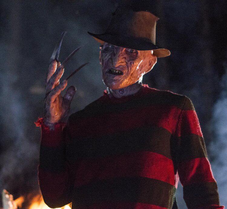 《半夜鬼上床》佛萊迪身上的毛衣顏色搭配是經過導演根據色彩科學考究過。