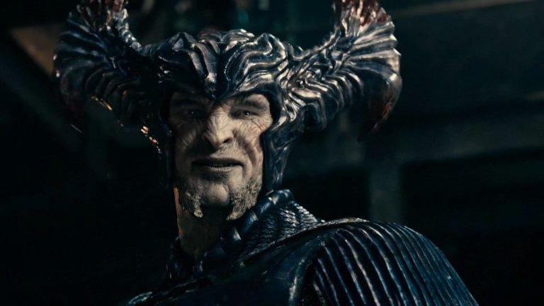 希朗漢德 (Ciarán Hinds) 在《正義聯盟》(Justice League)演出荒原狼 (Steppenwolf)。