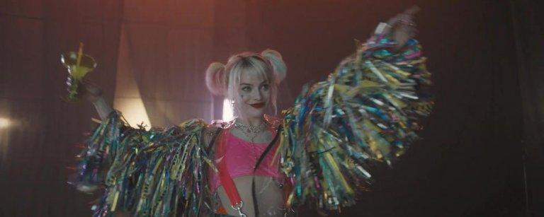瑪格羅比 (Margot Robbie) 在《猛禽小隊》(Birds of Prey) 裡飾演小丑女哈莉奎茵 (Harley Quinn) 。