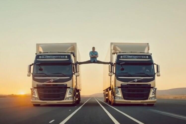 尚克勞德范達美拍攝的 Volve 卡車廣告中令人驚豔的劈腿絕技。