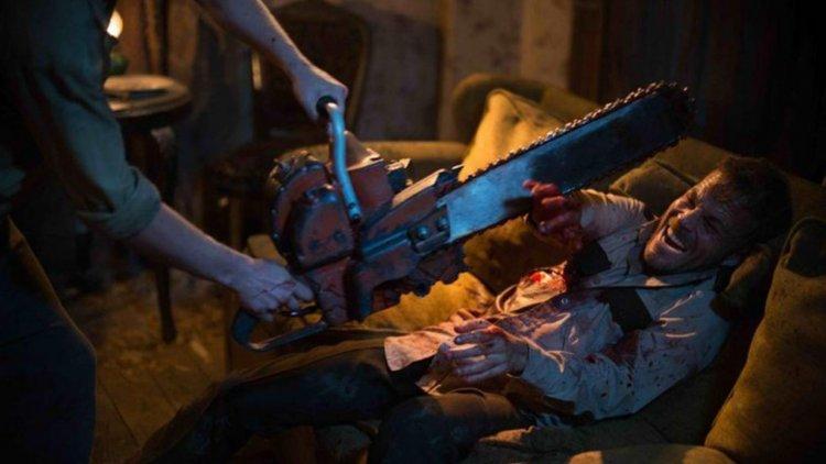 為何愛人皮?為何成魔? 《德州電鋸殺人狂前傳:皮面人》聚焦殺人魔的青少年時期首圖