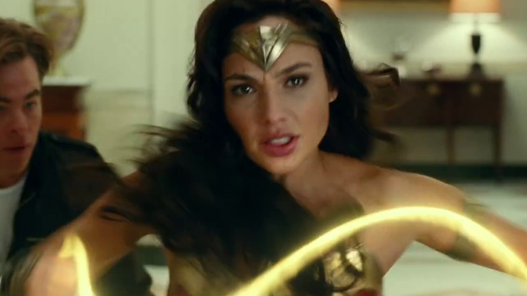 黛安娜不會在《神力女超人 1984》中使用劍與盾來戰鬥?蓋兒加朵:「這是有意安排。」首圖